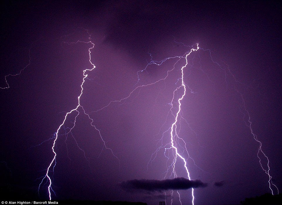 The difference in the colours of lightning storms is caused by the different kinds of atoms in the air. In dry air it looks white because there are few strong visible rays of light. But if water vapour is present, hydrogen atoms create a strong red line. At night this can appear purple