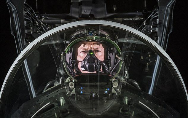 Striker II also includes a cutting-edge tracking system that ensures the pilot's exact head position and the aircraft computer system are continuously in sync, reducing problems common to other HMD's. The tracking system in Striker II eliminates any delay in determining where the pilot is looking